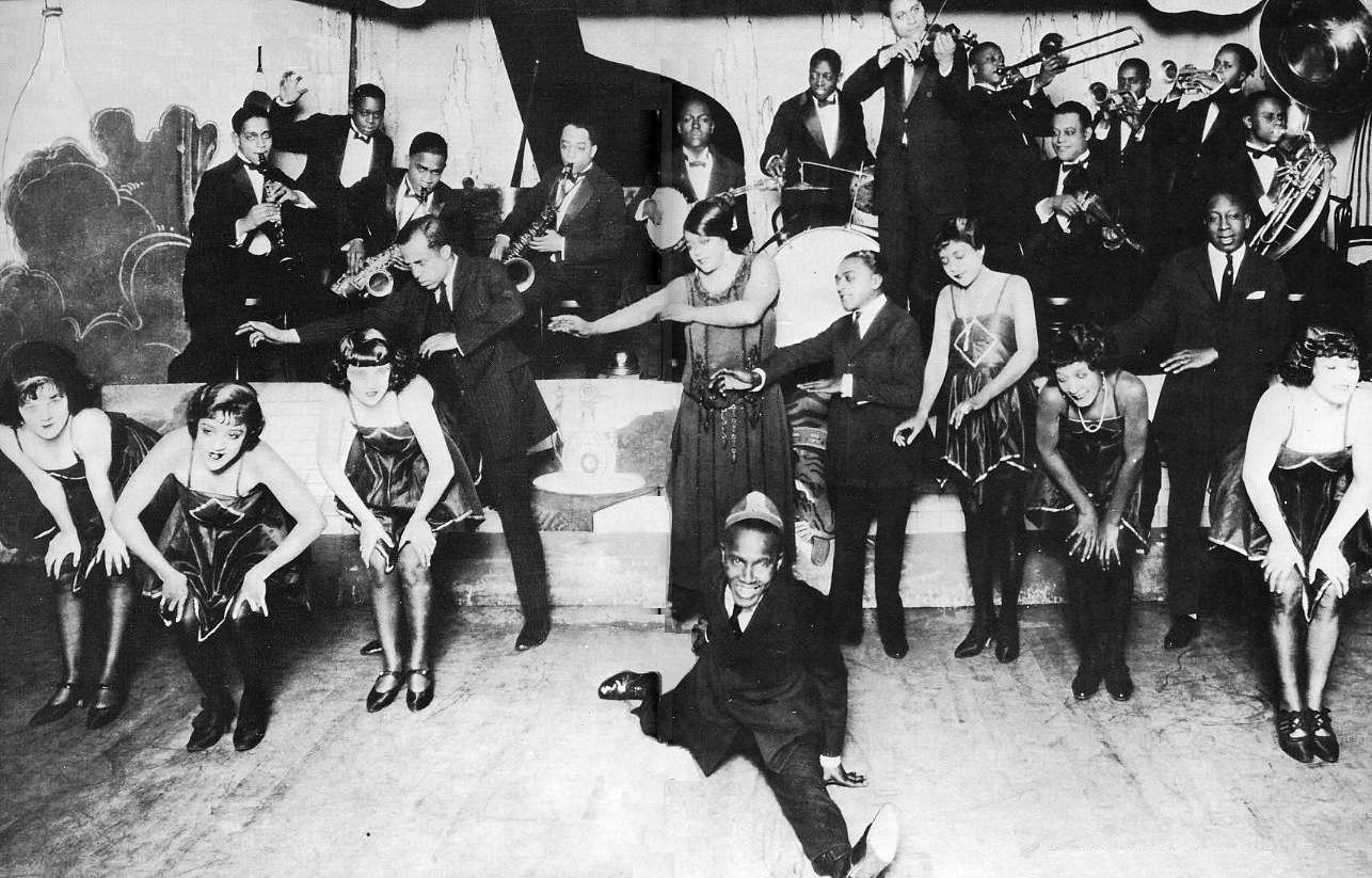 jazz-floor-show_Chicago-1924